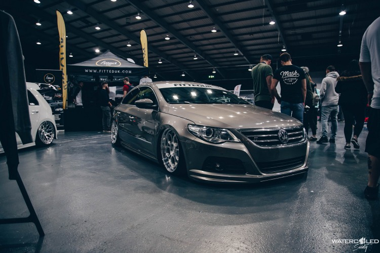 fitted passat cc